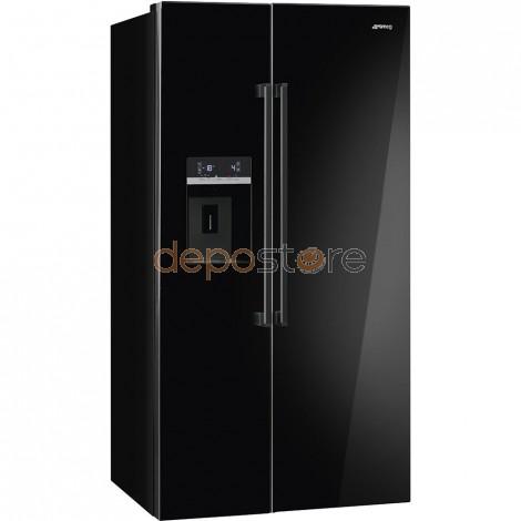 Smeg SBS63NED amerikai típusú hűtőszekrény, fekete színben